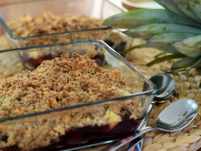 Karola's Kitchen - ananascrumble
