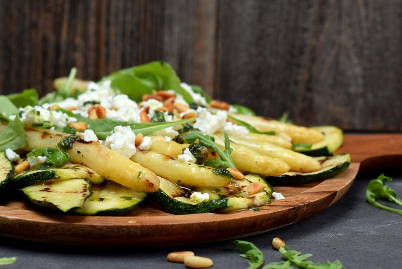 Karola's Kitchen - Gegrilde courgette en asperges