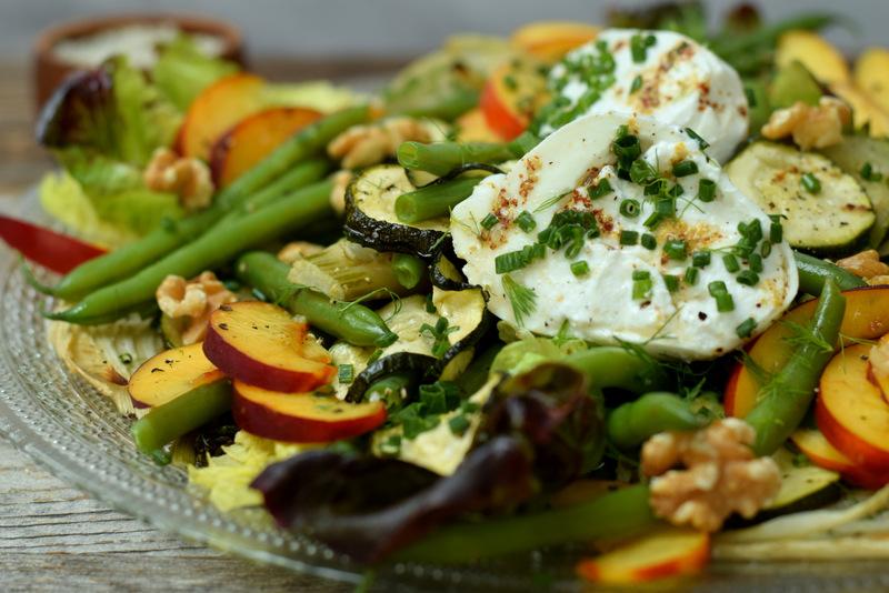 Karola's Kitchen - Groen-gele salade met mozzarella con ricotta en walnoten