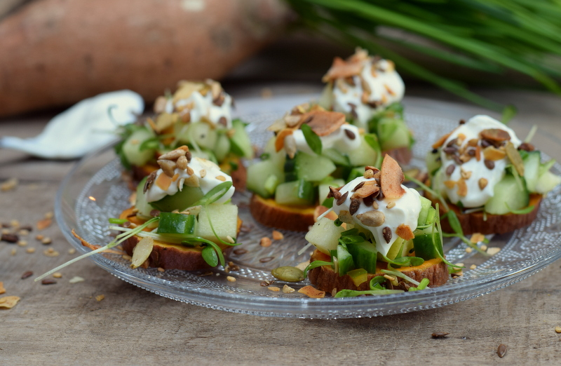 Karola's Kitchen - bataathapje met frisse komkommersla