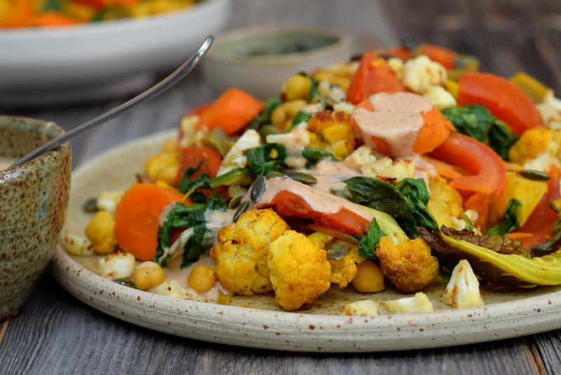 Karola's Kitchen - Warme bloemkoolsalade met amandelsausje