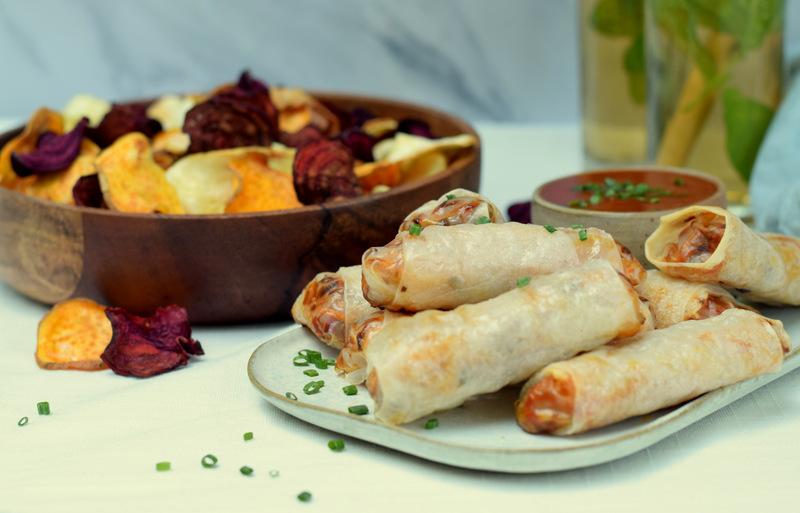Karola's Kitchen - Regenboogchips en loempia's